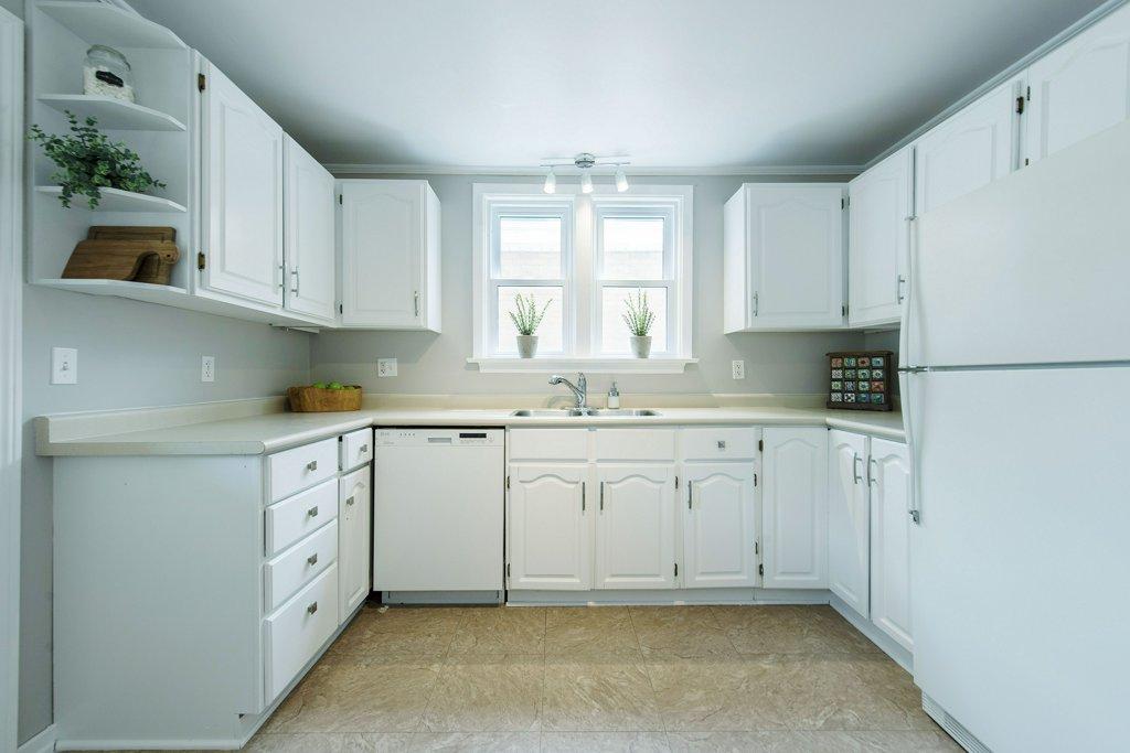 020-Kitchen 5_m.jpg