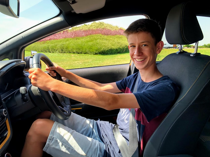 Brackley Under 17 off road driving lessons