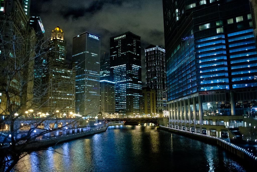 ChicagoRiver_20111227