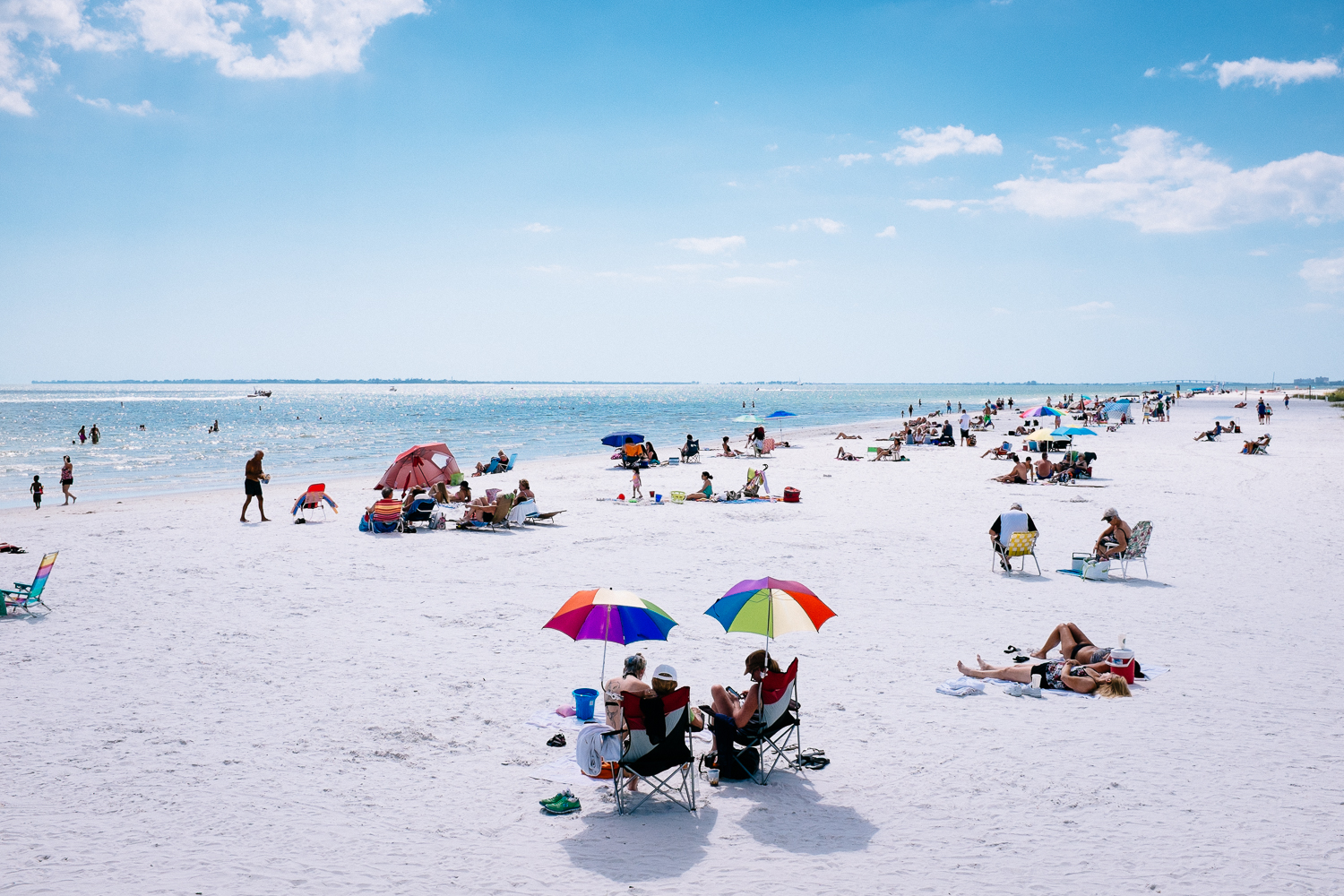 A random weekday at Fort Myers Beach.