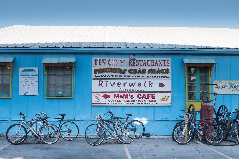 Tin City Tourist World