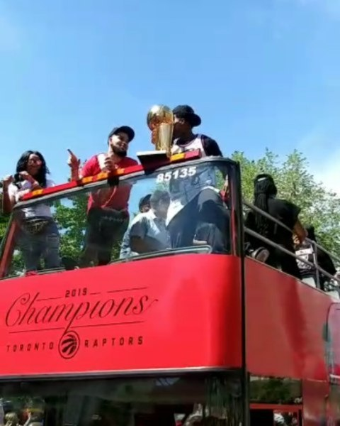 Today was such a thrilling day! I was working from home and the #RaptorsParade was passing by my place. Mom visited to join in the festivities and we had the best time! The energy from the crowd was amazing. Thank you, @Raptors! 🏀🏆🏀 #KyleLowry #KawhiLeonard #FredVanVleet #Drake #NickNurse #NavBhatia #Superfan #WetheNorth #WetheNorthDay #WetheChamps #WetheChampions #Raptors #TorontoRaptors #NBAchampions #basketball #6ix #instagood #Toronto #celebration