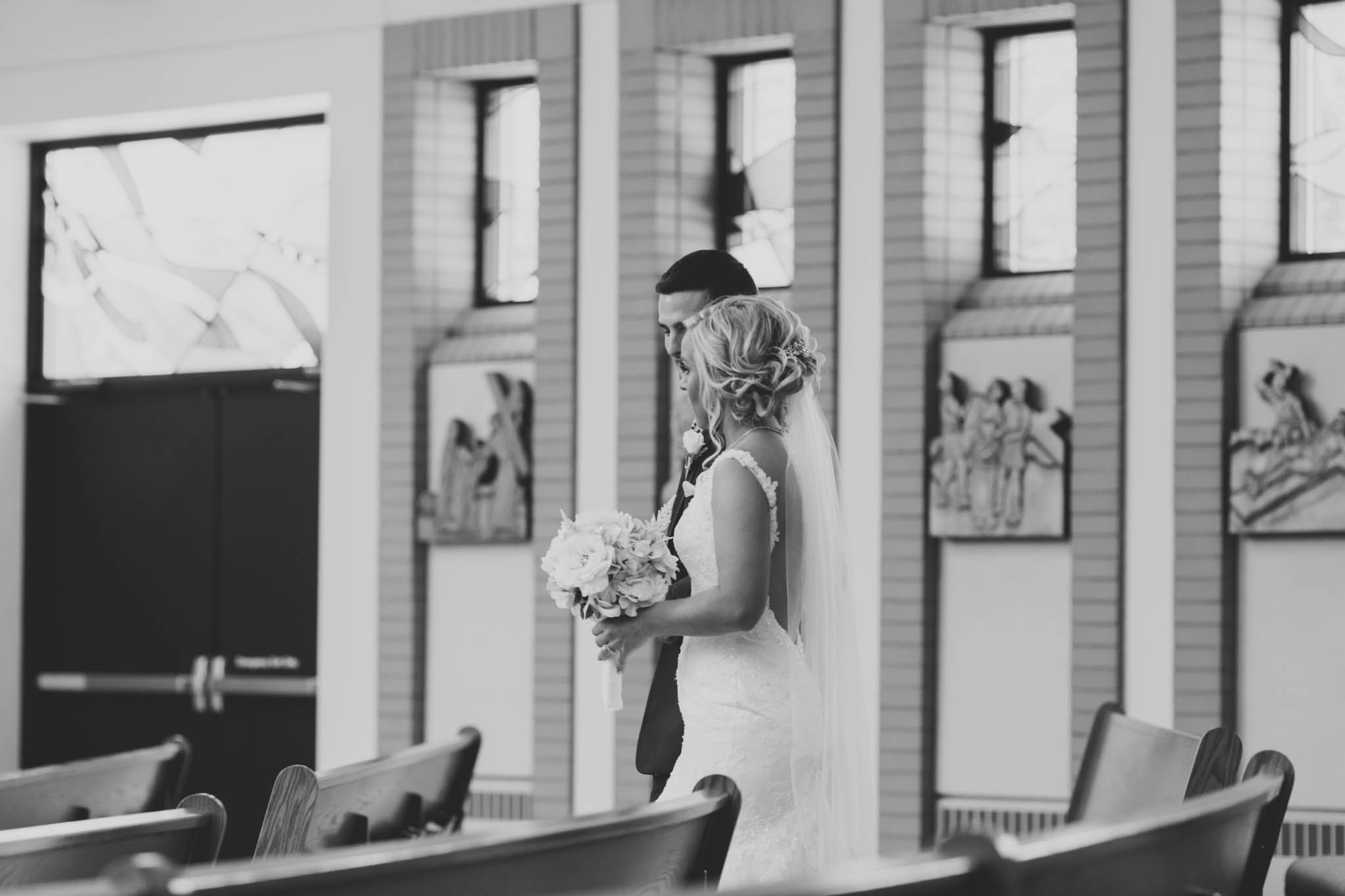 Jillian VanZytveld Photography - Grand Rapids Lifestyle Wedding Photography - 082.jpg
