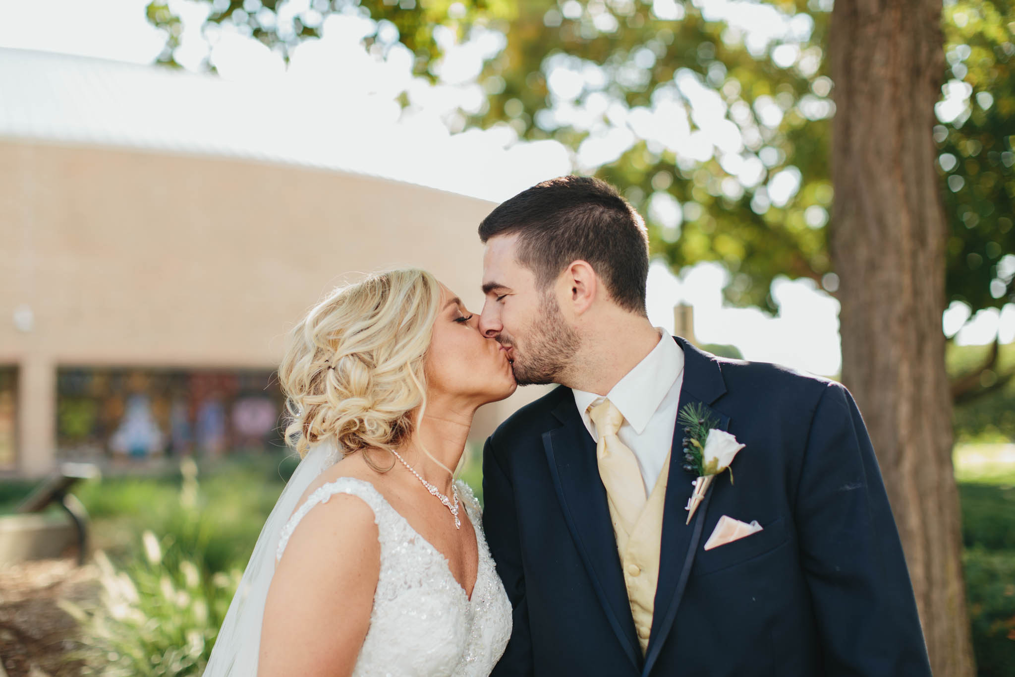 Jillian VanZytveld Photography - Grand Rapids Lifestyle Wedding Photography - 125.jpg