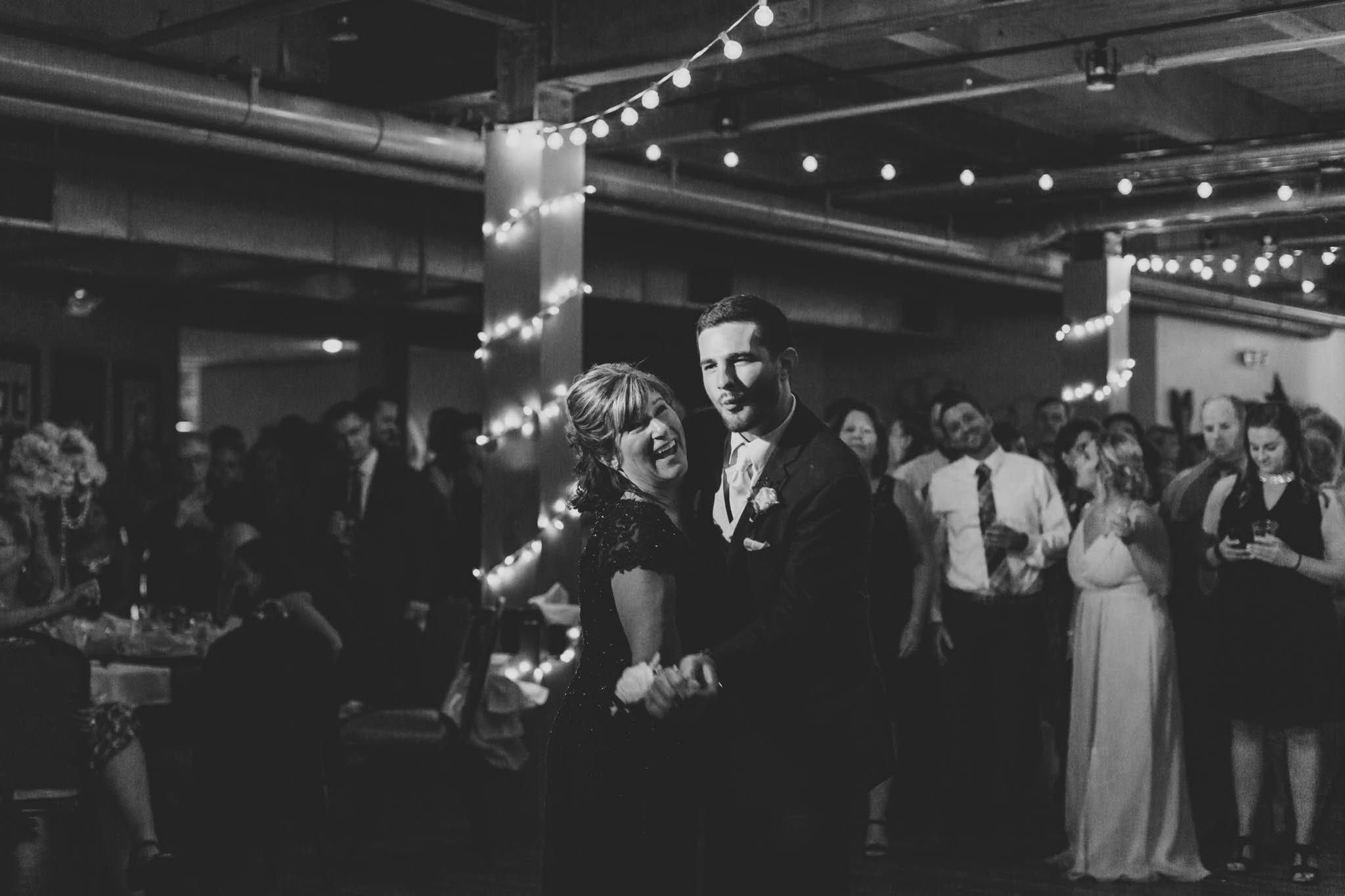 Jillian VanZytveld Photography - Grand Rapids Lifestyle Wedding Photography - 210.jpg