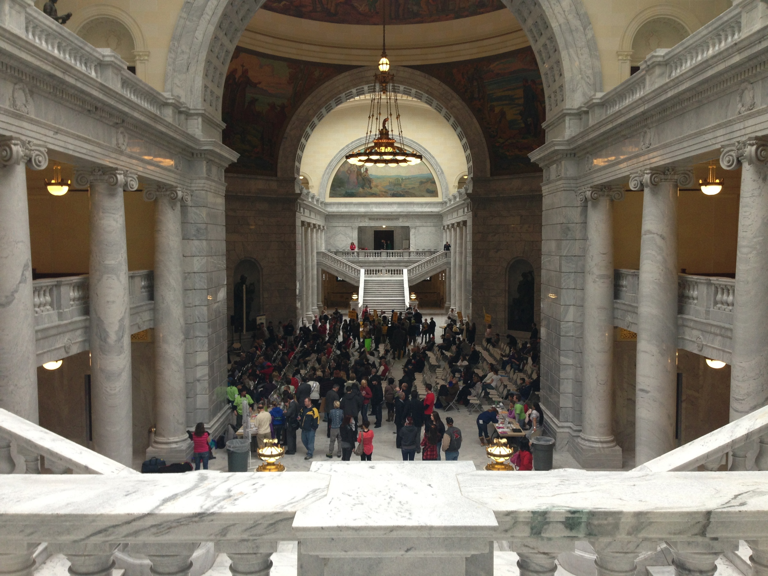Bill would require pollsters to disclose who is paying for survey