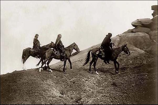 Navajos-Riding-Horses.JPG