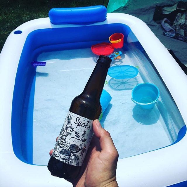 Kid size pool. Adult flavored beer.  @offcolorbrewing  #spots #chicago #craftbeer #illinoisbeer #drinklocal #offcolor