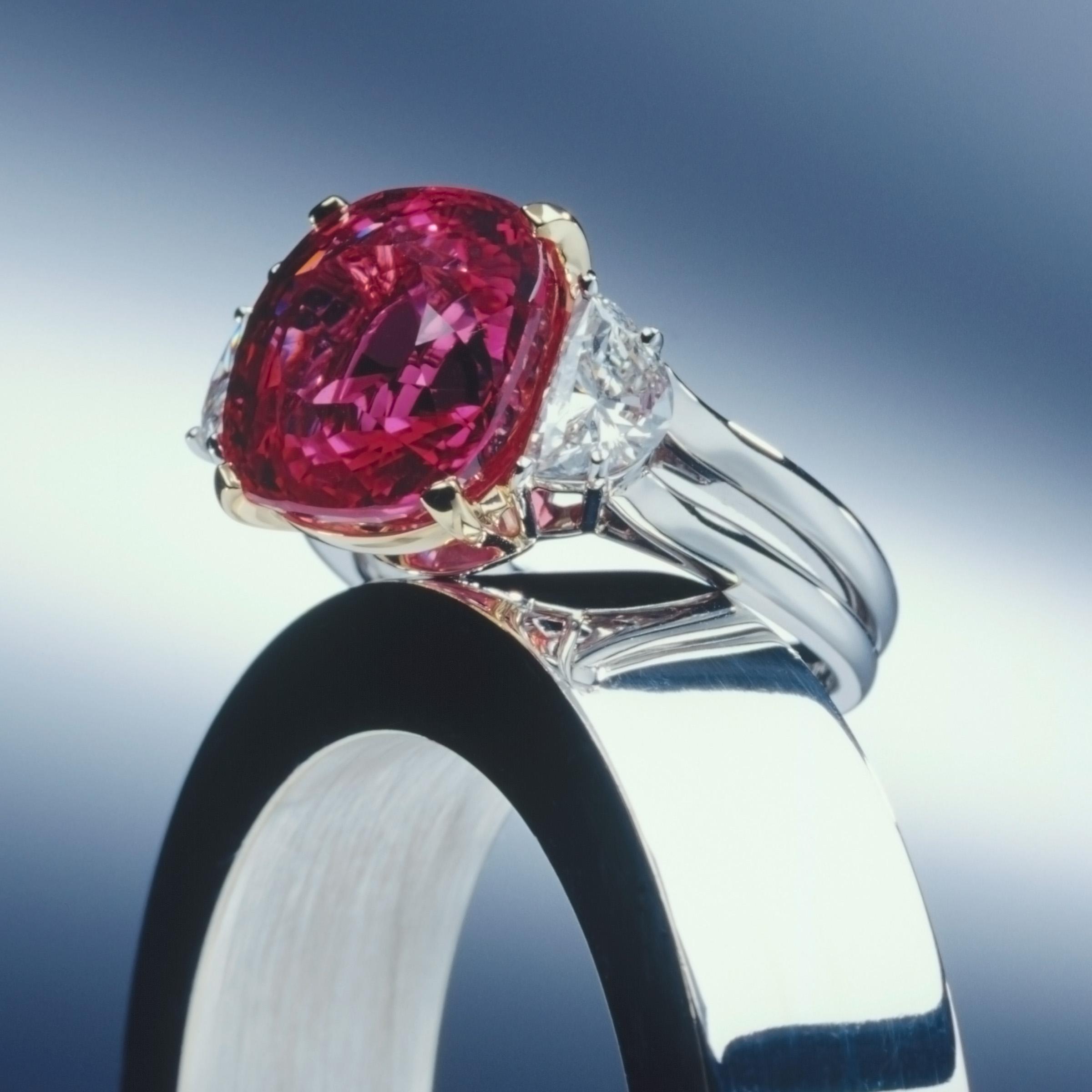 2004 Spectrum Award , Bridal Division ,Plat Guild Intl Honors  14ct Pink Sapphire