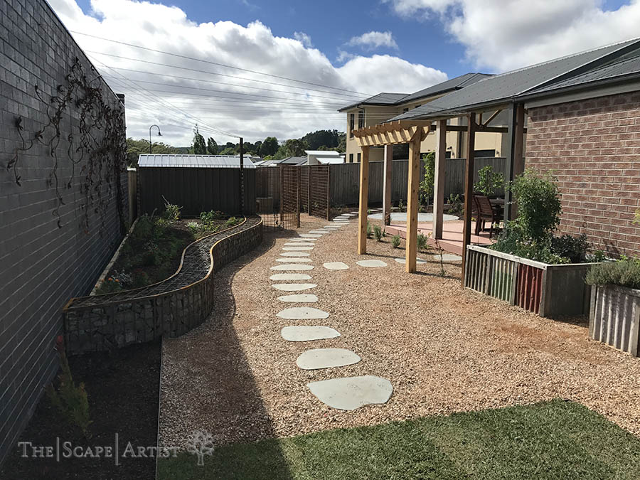 landscaper_ballarat_clunes-daylesford-hepburn_garden-paving_05.jpg