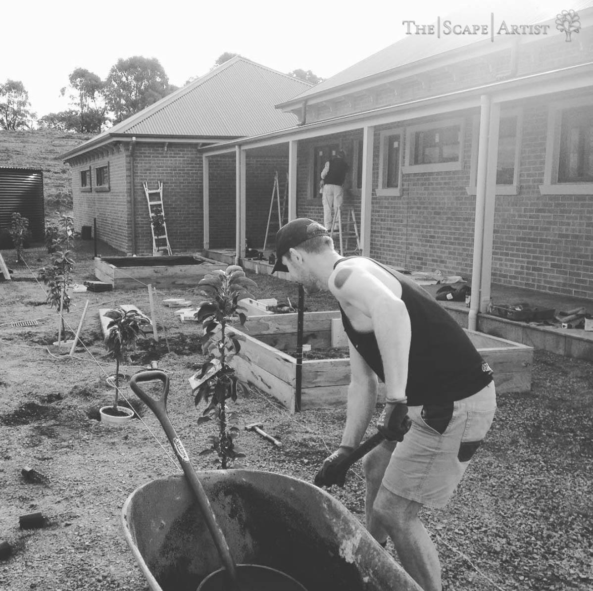 landscaper_ballarat_clunes-daylesford-hepburn_garden-maintenance-01.jpg