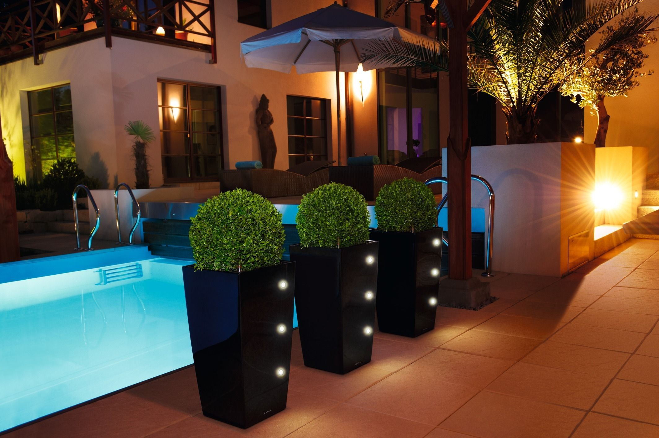 Cubico Black LED at Poolside.jpg