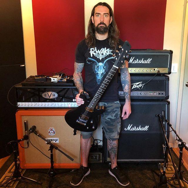 @spiritadrift day 2, guitars done! @born2nate's EVH 5150 sounding AWESOME with the @snkpedals VHD on the JCM800 Super Bass. Gotta get my own EVH now! . . #spiritadrift #evh5150iii #jcm800 #superbass #supernaut #vol4 #blacksabbath #heilmicrophones #aeamicrophones #semicrophones #marshallamps #orangeamps