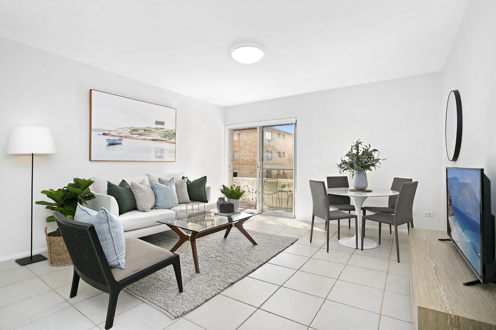 Stuart_Street_Collaroy_Property_Styling_Living.jpg