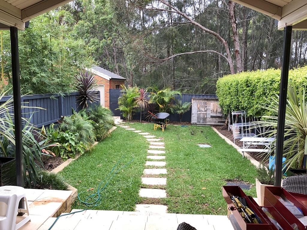 riverine-court-backyard.makeover.jpg