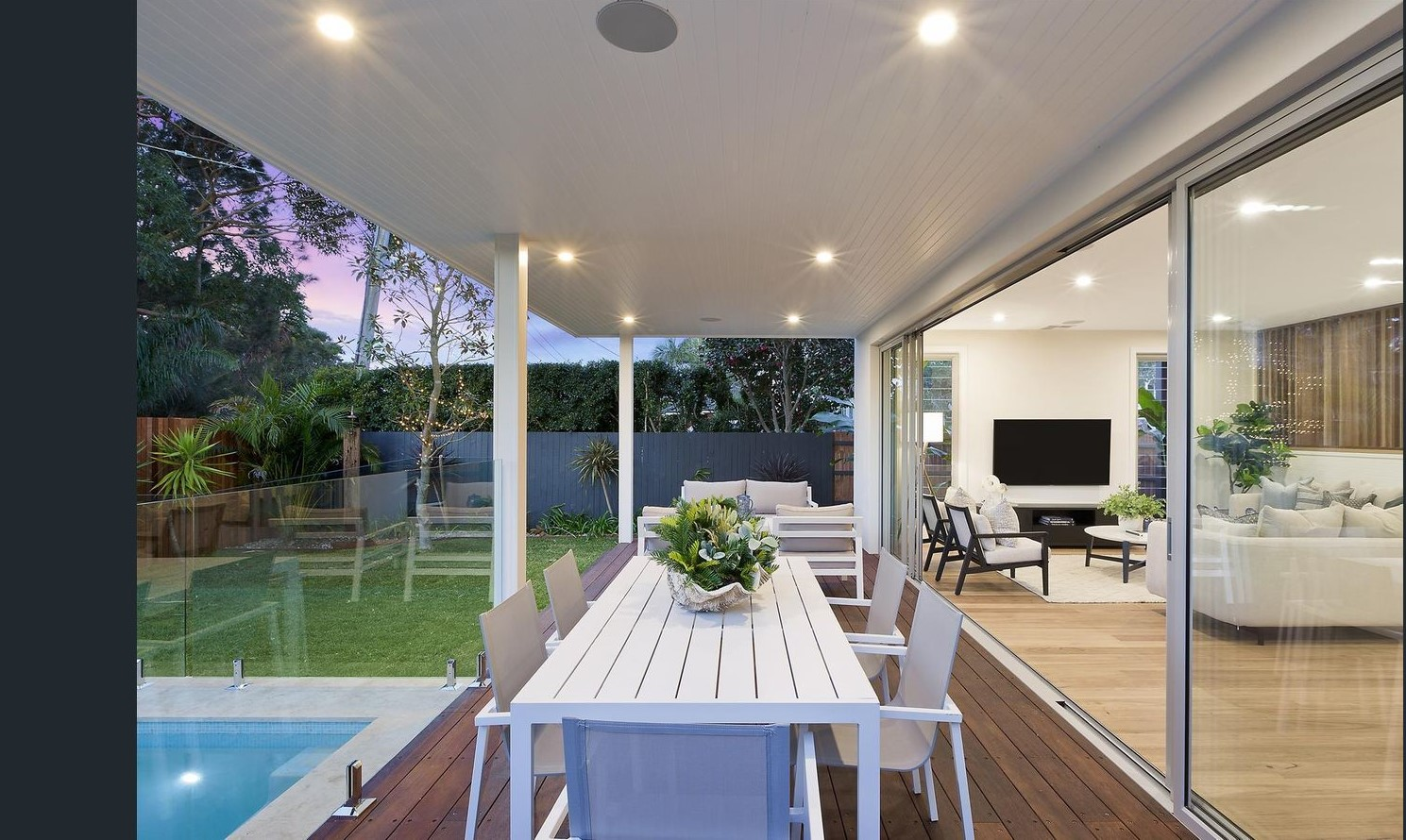 Travers.rd.outdoor.entertaining.styling.jpg
