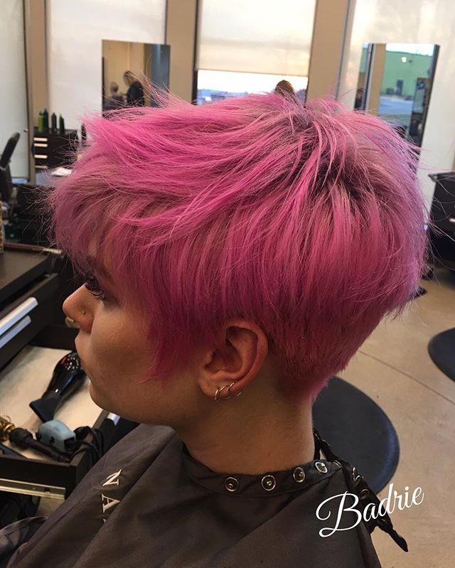 Thank you Erin!  #wella  #haircut  #blondor  #phbonder  #renefurtererusa  #tanaz_hair  #salonetoiles  #certifiedhaircolorists  #pinkhair  #renefurtererusa  #shorthair  #guy_tang