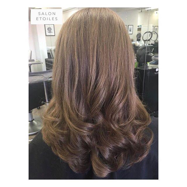 Haircut and styled by @nasim.etoiel • #salonetoiles #btc #blowdry #blowout #couffer #hair #hairgoals #hairstyles #brunette #brunettehair #longhair #virginia #virginiahairstylist #marylandhairstylist #maryland #washingtondc #instahair #hairs #shinnyhair #straighthair