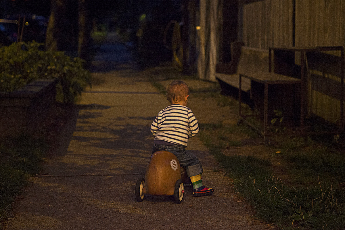 Gabo riding off into the night...