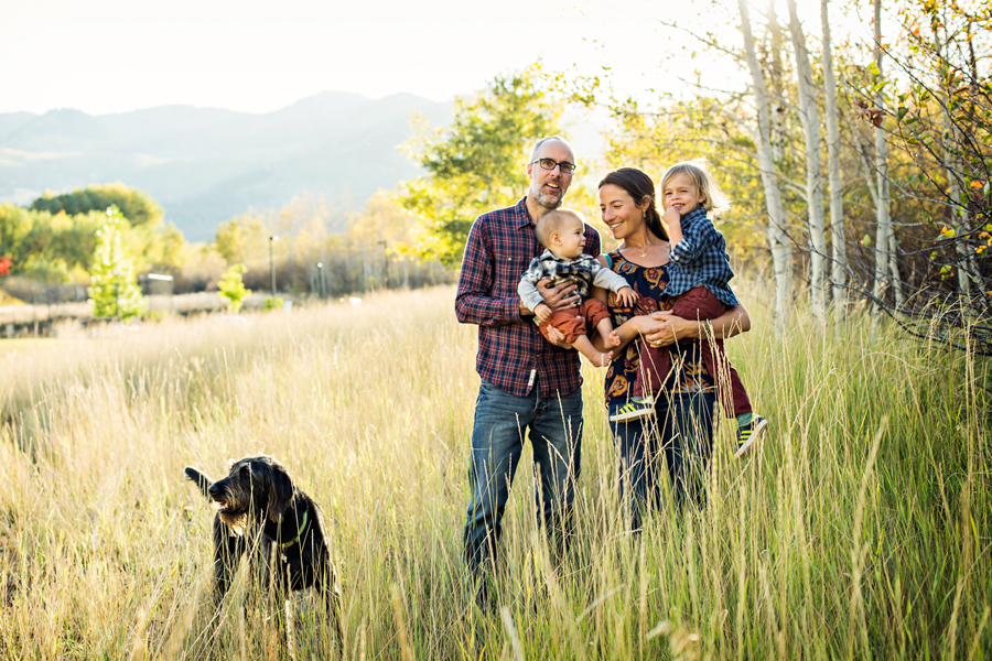 outdoor-family-photographer_48