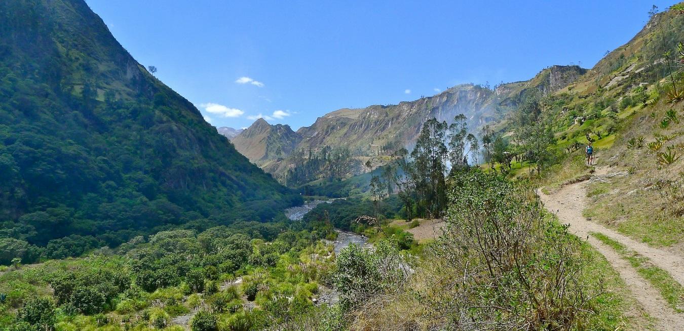 Hiking Quilotoa Loop, Ecuador; mountains, landscapes, nature