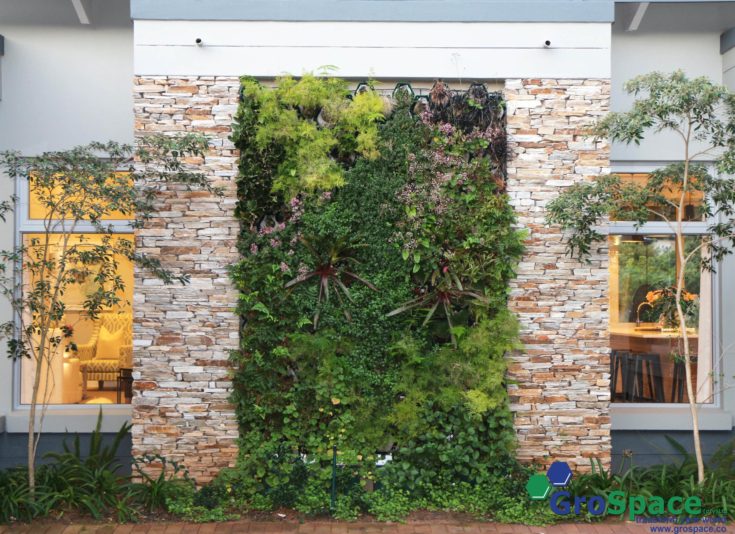 GorSpace vertical garden 5.jpg