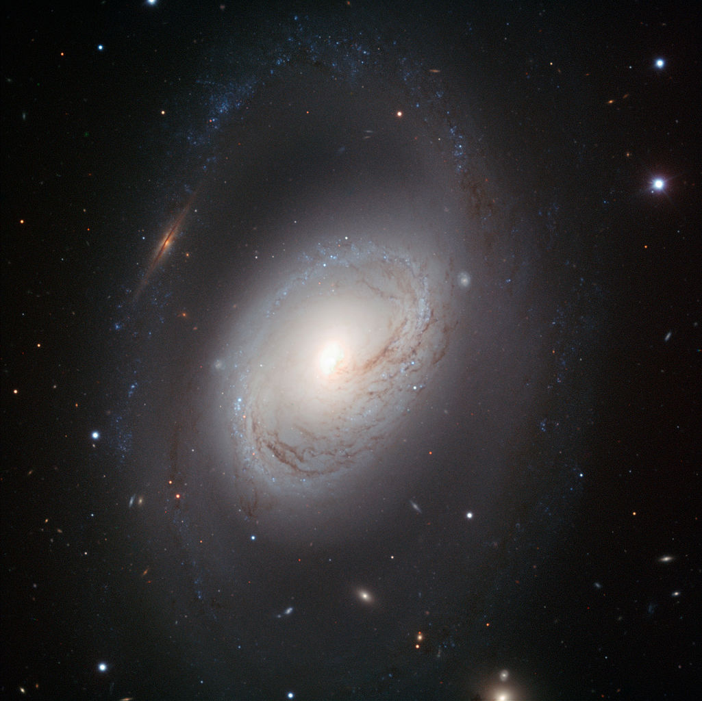 Messier 96 - NGC 3368, a spiral galaxy in the constellation of Leo.
