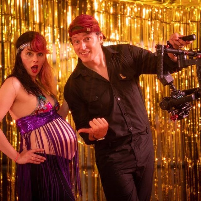 Warming up the bump for Friday's Pregnant People Prance Party! 🤰💃🏻 🎞  Thrilled to be a part of @ainsleywagon's new music vid for her band, Silverware. Photo by @iam_samwick #dancingwhilepregnant #pregnantdanceparty #musicvideoshoot #goldsparkle