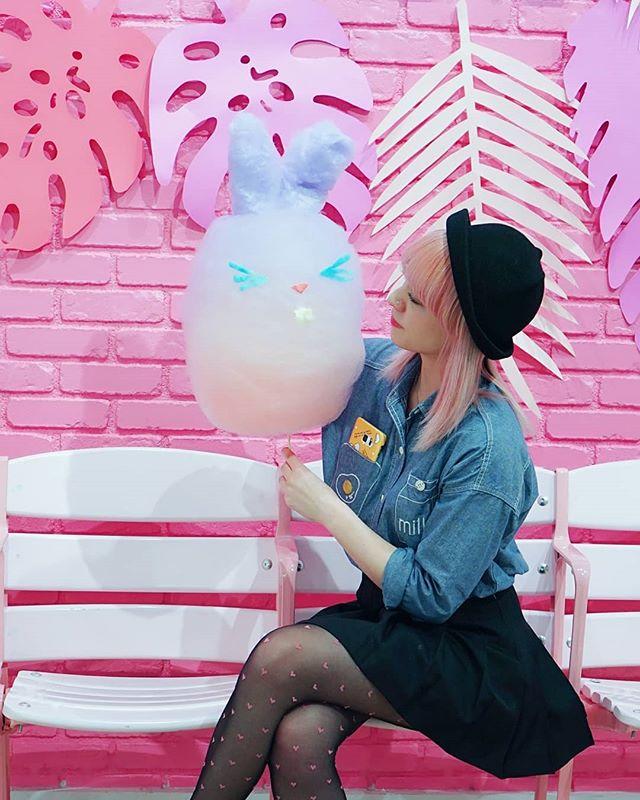 happy easter every~bunny🐰💖💕🍭🐣 • • • #cloudfood #cloudfoodcreations #cottoncandyart #cottoncandy #candyfloss #foodart #kawaiifood #kawaii #kawaiilife #sugarart #happyeaster #bunny #easterbunny #fairyfloss #lafoodie #foodporn #instafood #bunbun #pinkhair