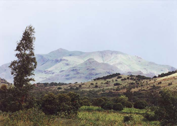 Isoanala Mtns.jpg