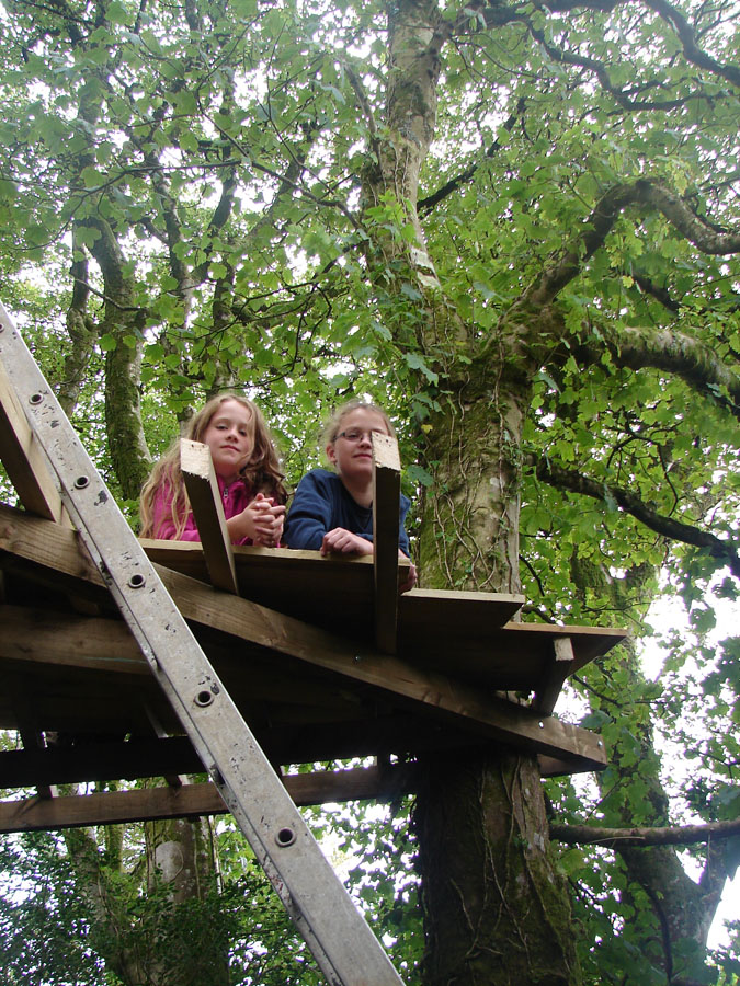 Katinka and rozelle Tree house.jpg