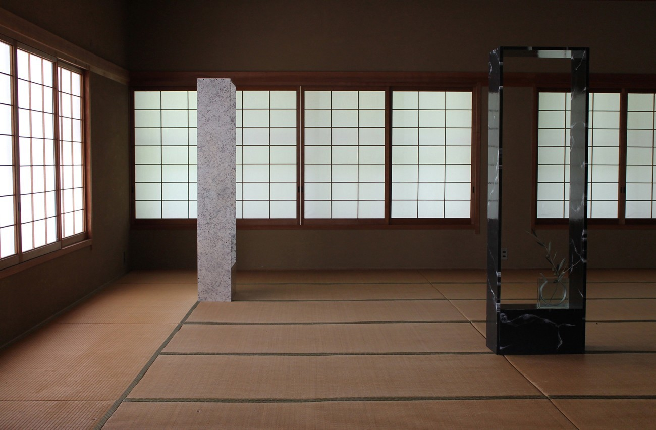 018.-Monument-Within-a-Sculpture-fabricated-tatami-room-and-sculptures-Setouchi-Triennale-2013_jjcirc_xdty8d.jpg
