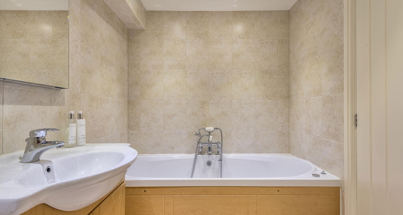 keepers-cottage-bathroom-finish.jpg