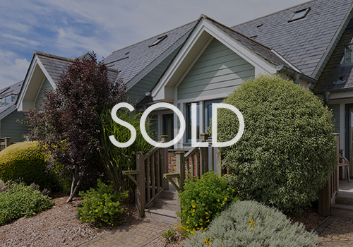 Thumb_CourtCottages_Sold.jpg