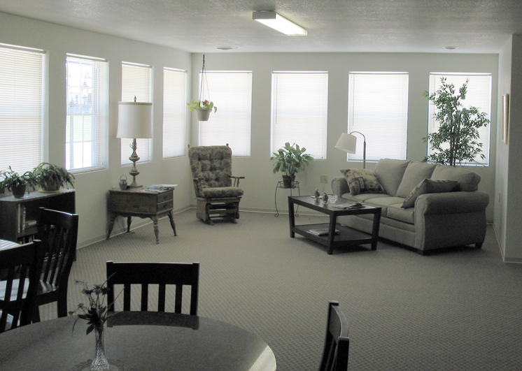 graham estates interior small.jpg
