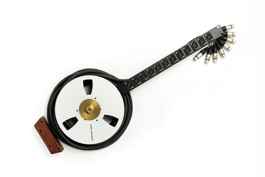 banjo_900.jpg