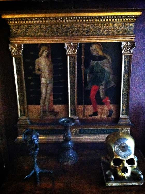 memento mori by the bedside