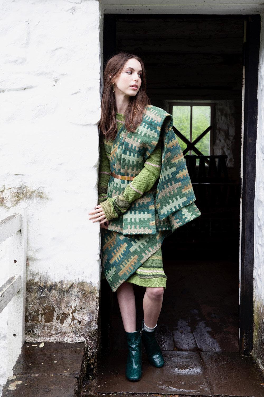RHEDYN knitted dress    DERWENA hand embellished cape