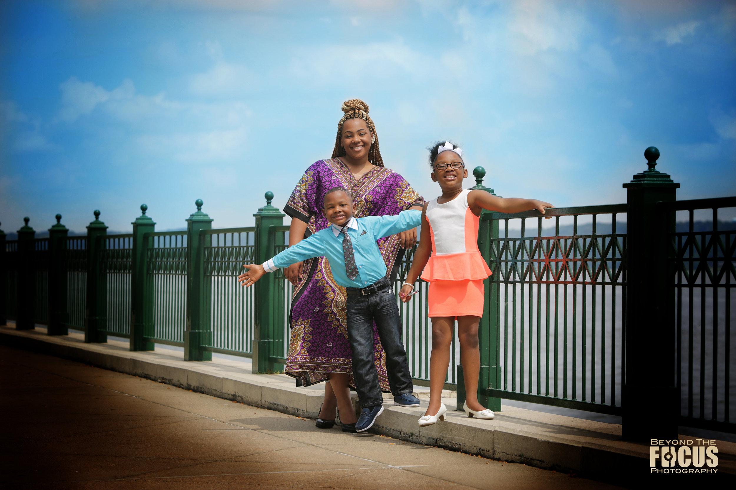 BeyondTheFocus Photography _ Family Photo 001