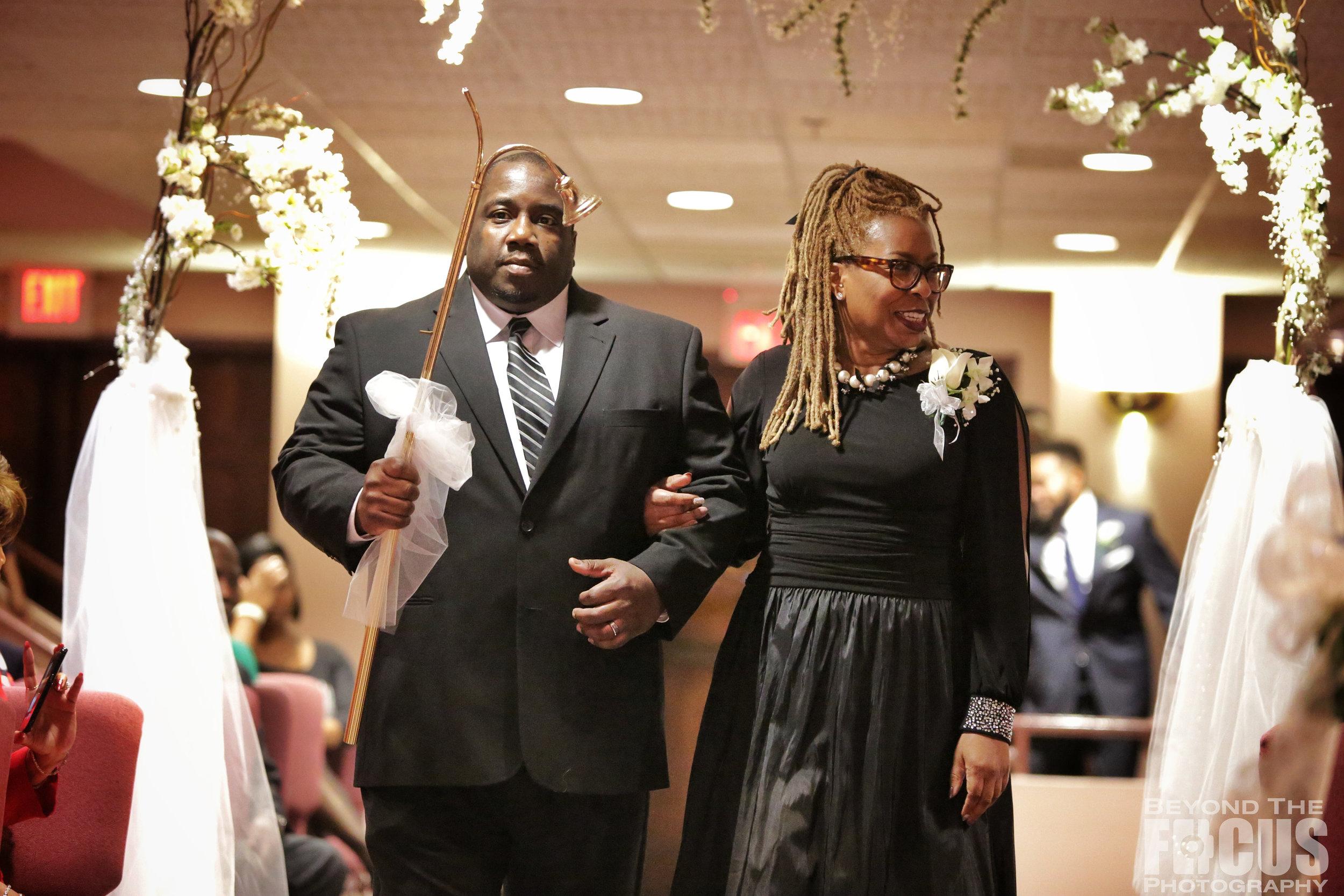Matthews_Wedding_Ceremony_8.jpg