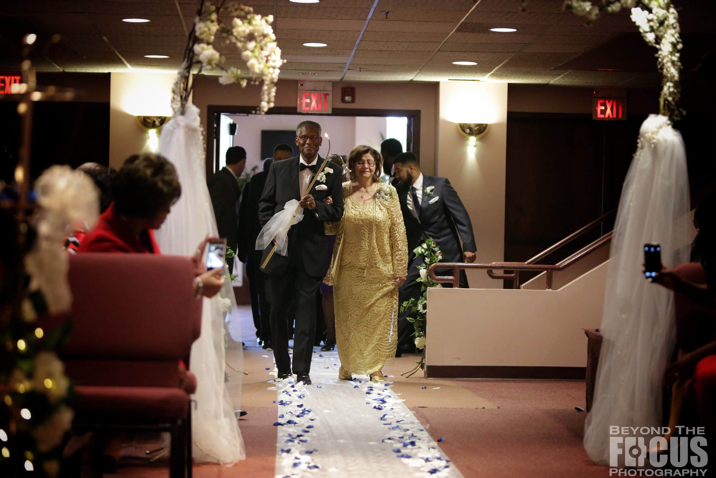 Matthews_Wedding_Ceremony_12.jpg