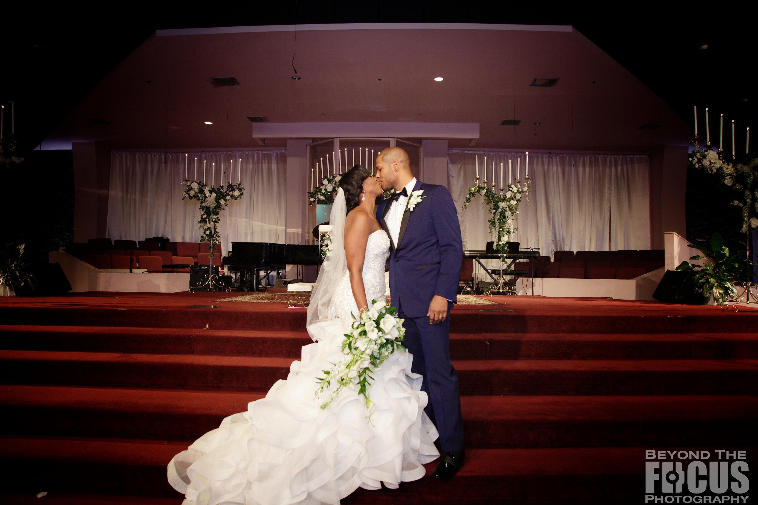 Matthews_Wedding_Ceremony_150.jpg