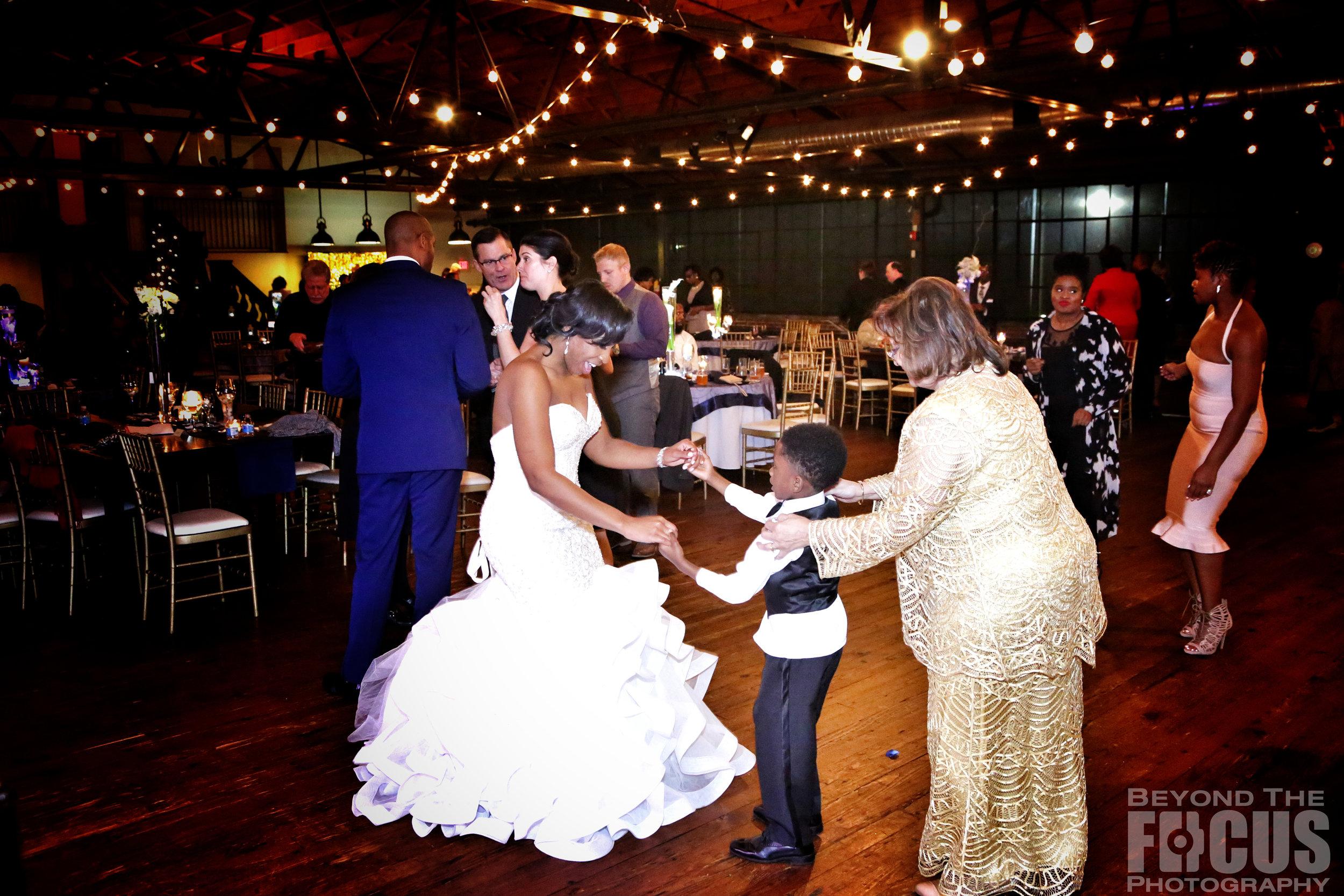 Matthews_Wedding_Reception_98.jpg