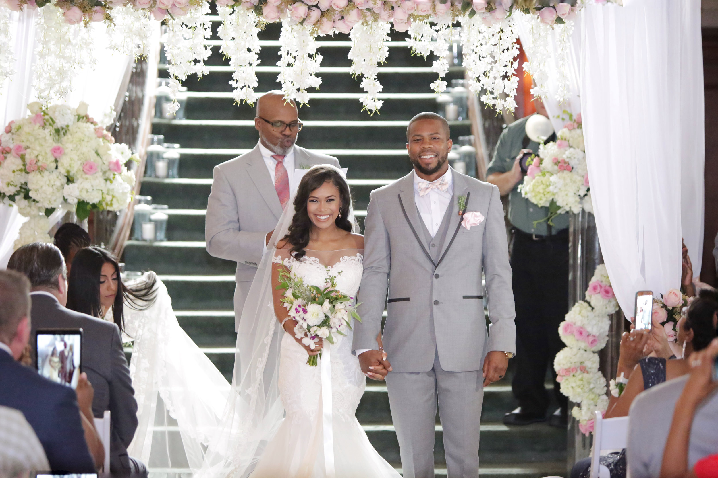 Christan_Imani_WeddingCeremony_24.jpg