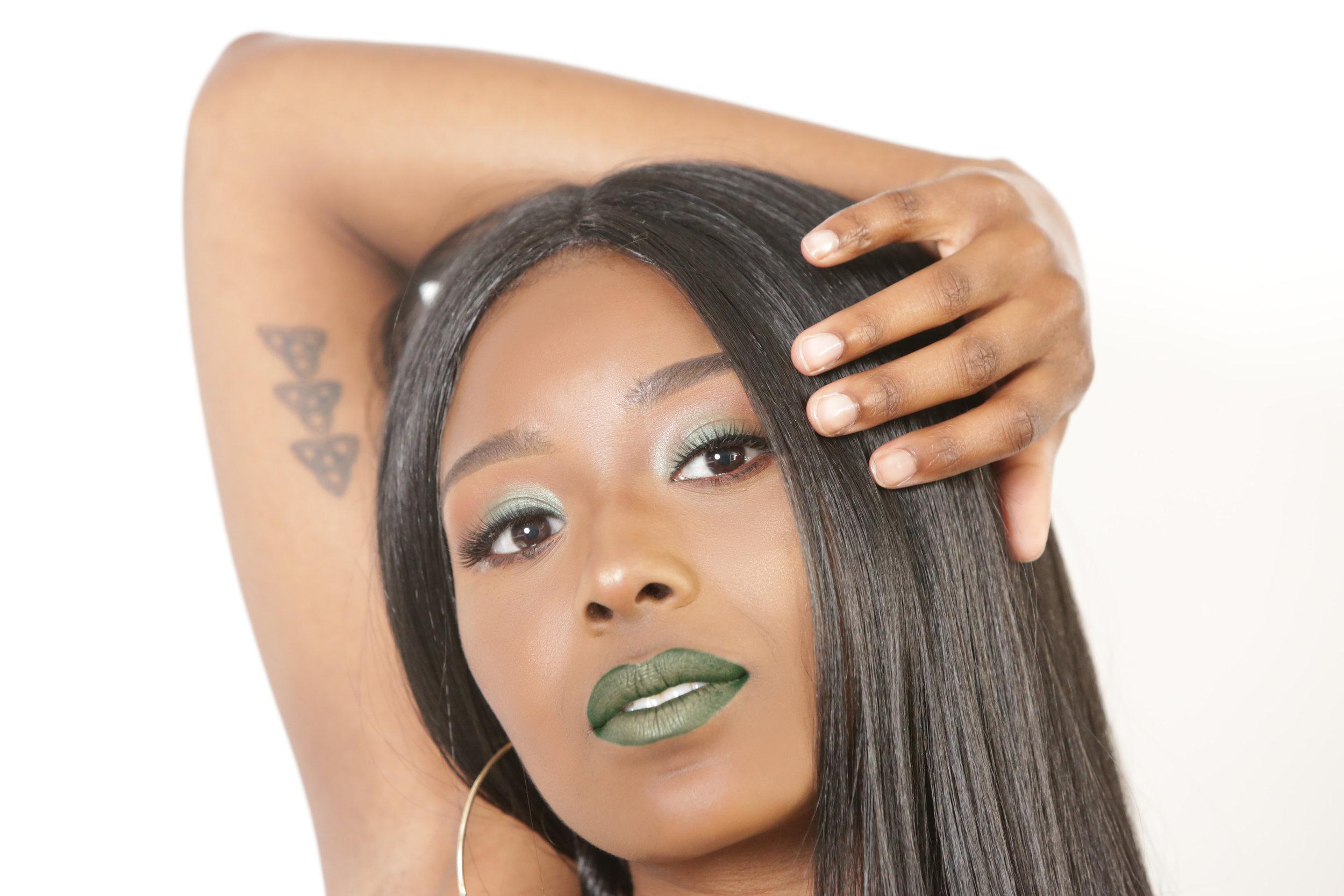 Amber Test Green Lips 1.jpg