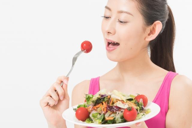 2.食中毒菌除去にも効果的 - 農薬・ワックス・汚れはもちろんのこと、ハッピーベジィには食中毒菌に対する除菌効果もあります。野菜や果物など、火を通さない食べ物は洗浄水で殺菌!