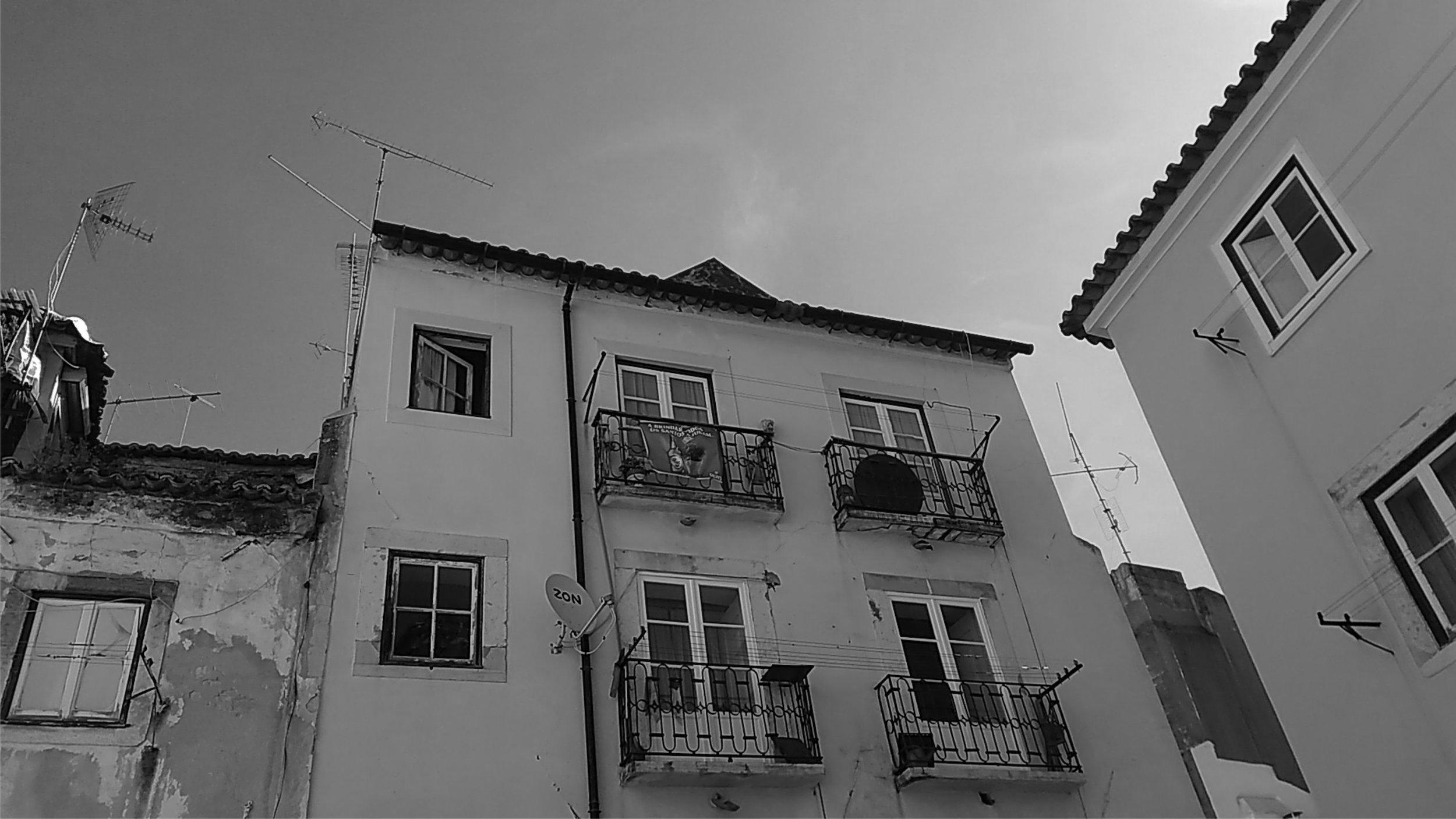 paulomiguez arquitectos-reabilitação-habitação-alfama-lisboa-portugal 6.jpg
