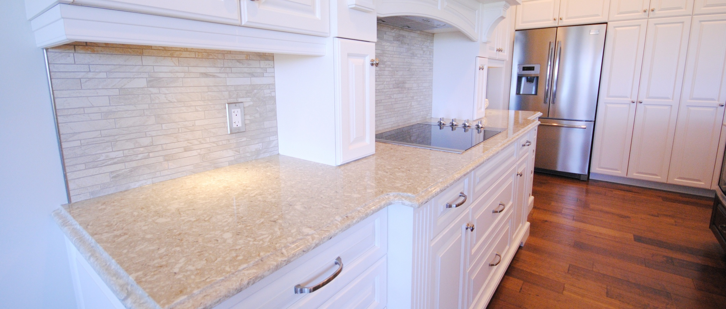 Kitchen back-splash with quartz counter-top
