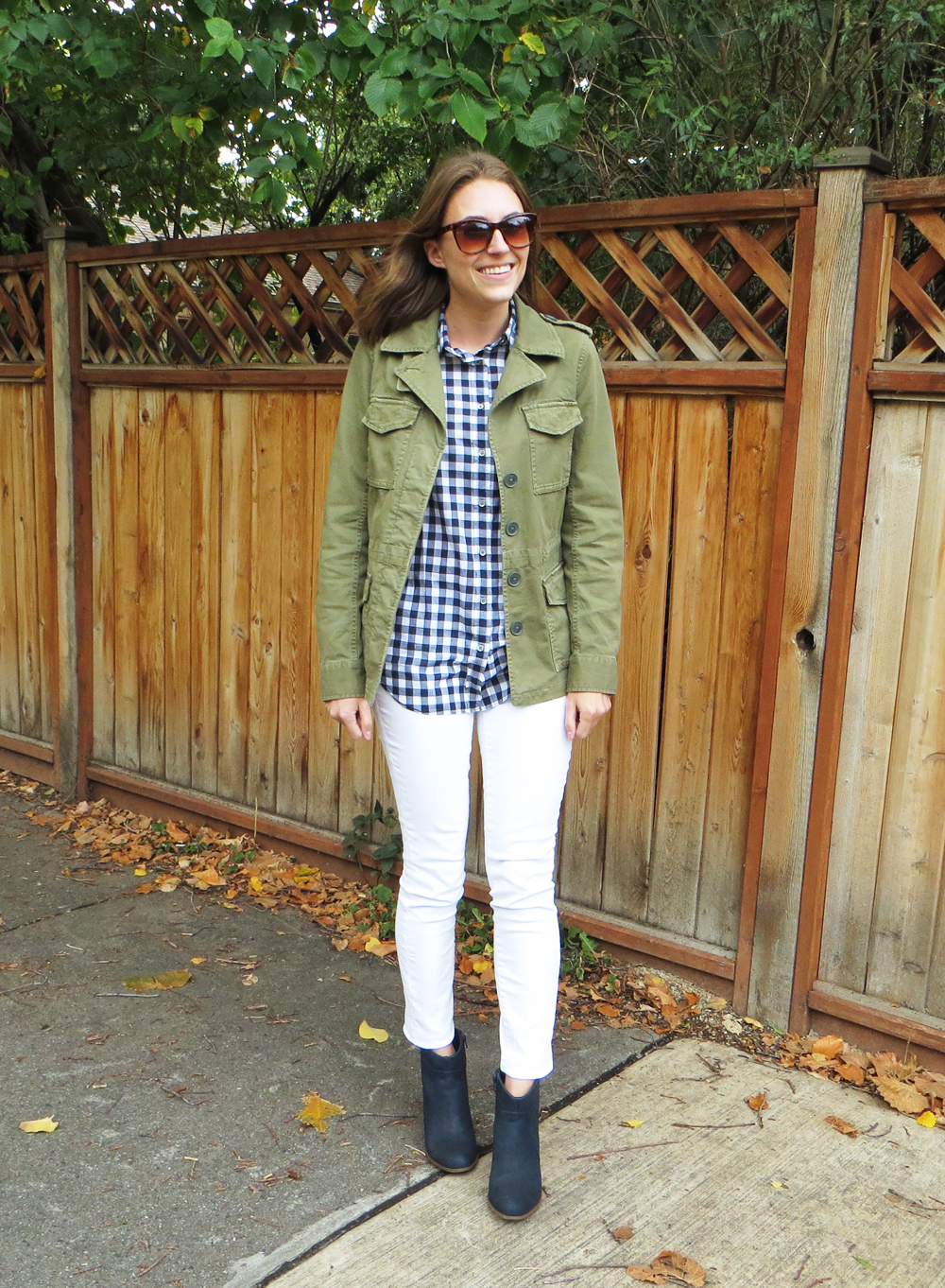 Army green utility jacket, navy gingham shirt, white skinny jeans, navy ankle boots -- Cotton Cashmere Cat Hair