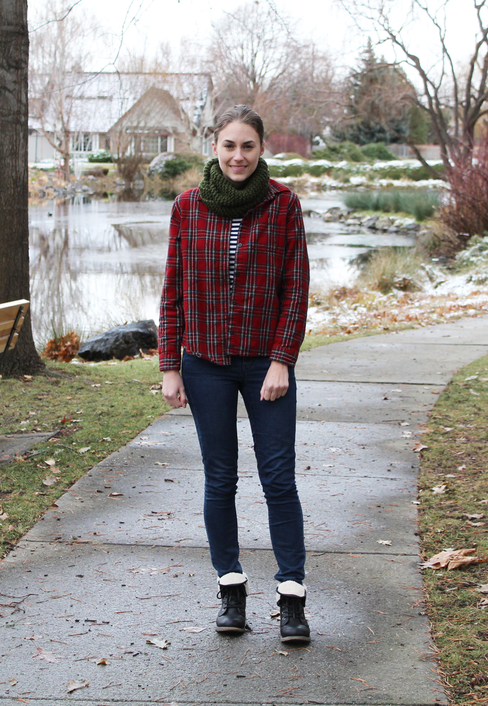 Red plaid flannel shirt, navy striped tee, skinny jeans, black boots — Cotton Cashmere Cat Hair